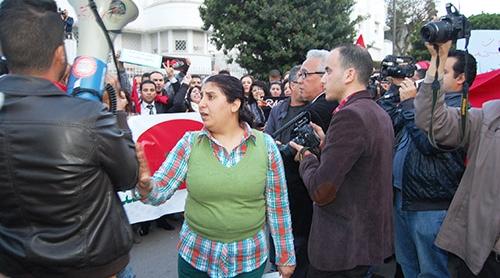 وقفة تضامنية أمام السفارة التونسية للتنديد بالإرهاب والرجعية-فيديو-