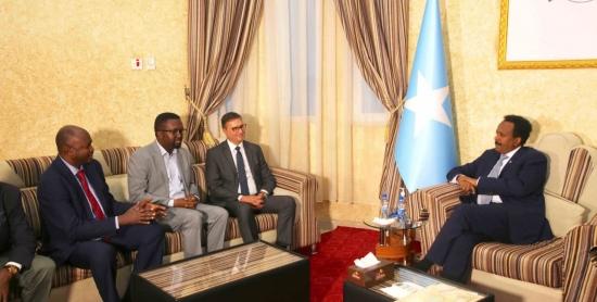 Les dirigeants de la Fédération internationale des journalistes (FIJ) reçus par  le président somalien Mohamed Abdullahi Mohamed Farmaajo